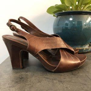 NEW Clark's Artisan cross strap Leather Heels